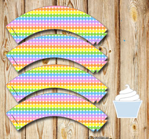 Dotted cupcake wrappers in light rainbow colors  | Free printable cupcake wrappers and toppers