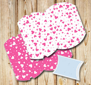 Pillow boxes with pink hearts  | Free printable for Valentines day
