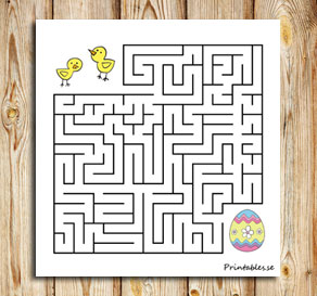 Small maze: Help the chicks find their easter egg 2  | Free printable for Easter