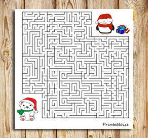 Maze with a christmas theme  | Free printable for Christmas