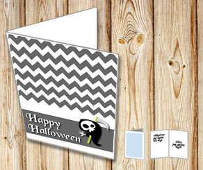 Grey Halloween card with a reaper  | Free printable for Halloween