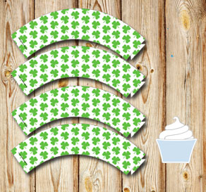 White cupcakewrappers with green shamrock for St Pa...  | Free printable for St Patricks day