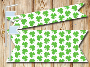 Straw decorations with small green shamrock  | Free printable for St Patricks day